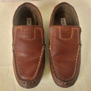 Woman's Steve Madden Brown Loafer Size 6
